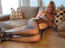 Sylvie 46 ans en combinaison résille