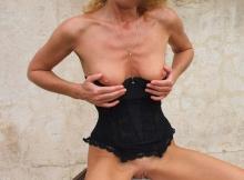Exhib ses seins - Femme mature Grenoble