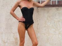 Body sexy noir - Femme mature Grenoble