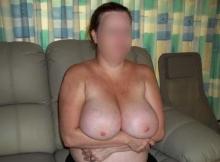 Femme ronde de Lille : grosse poitrine