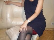 Robe sexy et bas nylon - Femme divorcée