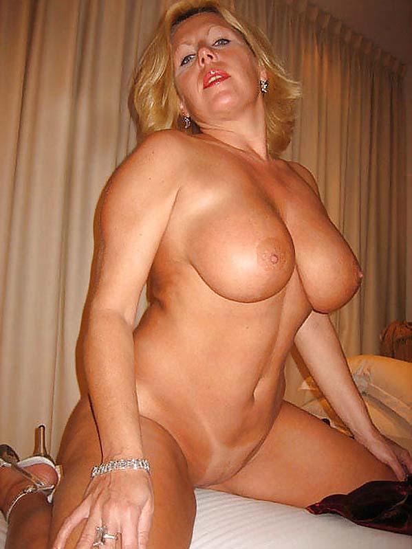 Sex drive nude tits