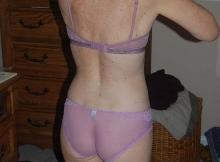 Belinda, nue de dos - Contribution sexy