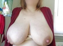 Énormes paire de seins - photos sexe