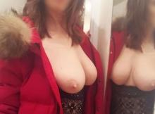 Exhibe ses seins - Femme Cougar Rouen