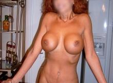 Seins nus - Femme mature de Toulouse