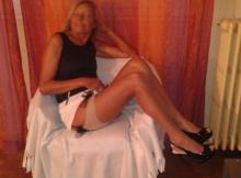 Cougar de Chelles en lingerie sexy