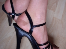 Belles chaussures sexy - Plan sexe Tours