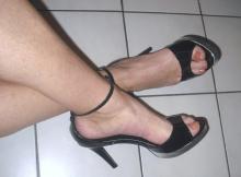 Boucle sur mes chaussures à talon - Plan sexe Tours
