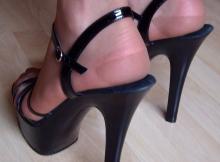 Chaussures sans collants - Plan sexe Tours