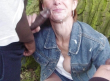 Éjaculation faciale - Ma femme suce