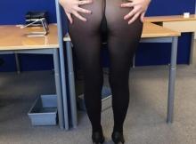 Je porte pas de culotte en dessous mes collants - Femme Cougar Metz