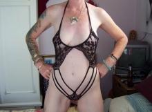 Femme Cougar Argenteuillaise en lingerie