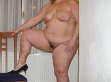 Belle chatte poilue - Femme grosse Créteil