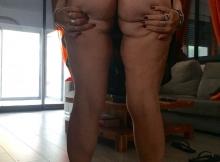 Exhibe ses fesses - Femme grosse