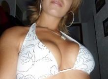 Belle poitrine serrée  - Plan sexe Valencienne