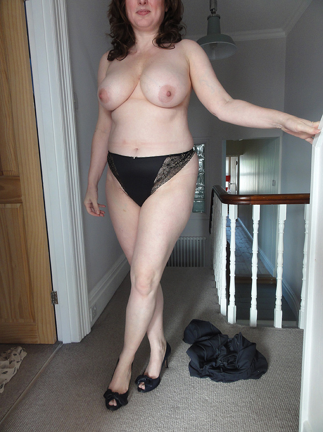 fille nue  ans escort  strasbourg