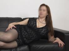 Bas nylon et robe courte très sexy