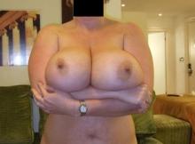 Très gros seins - Femme mûre Bordeaux
