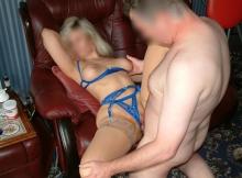 Sexe en lingerie bleue - Couple libertin