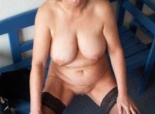 Femme mature grosse poitrine