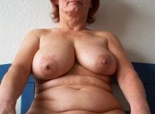 Grosse paire de seins naturelle