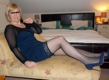 Robe sexy et bas - Vraie cougar Rennes