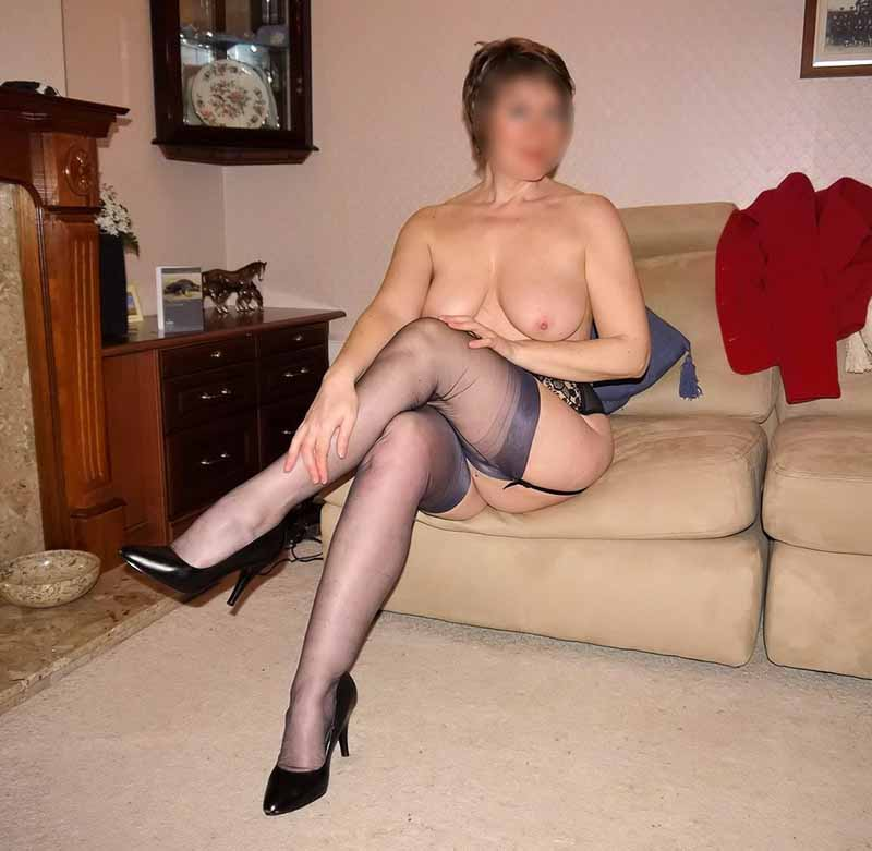 fille brune sexy salope a rennes