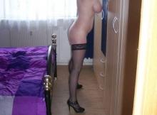 Devant la glace dans ma chambre - Femme chaude et hot