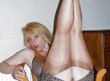 Milf sexy - Femme en mini-jupe