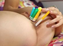 Crayons de couleur - Sexe insolite