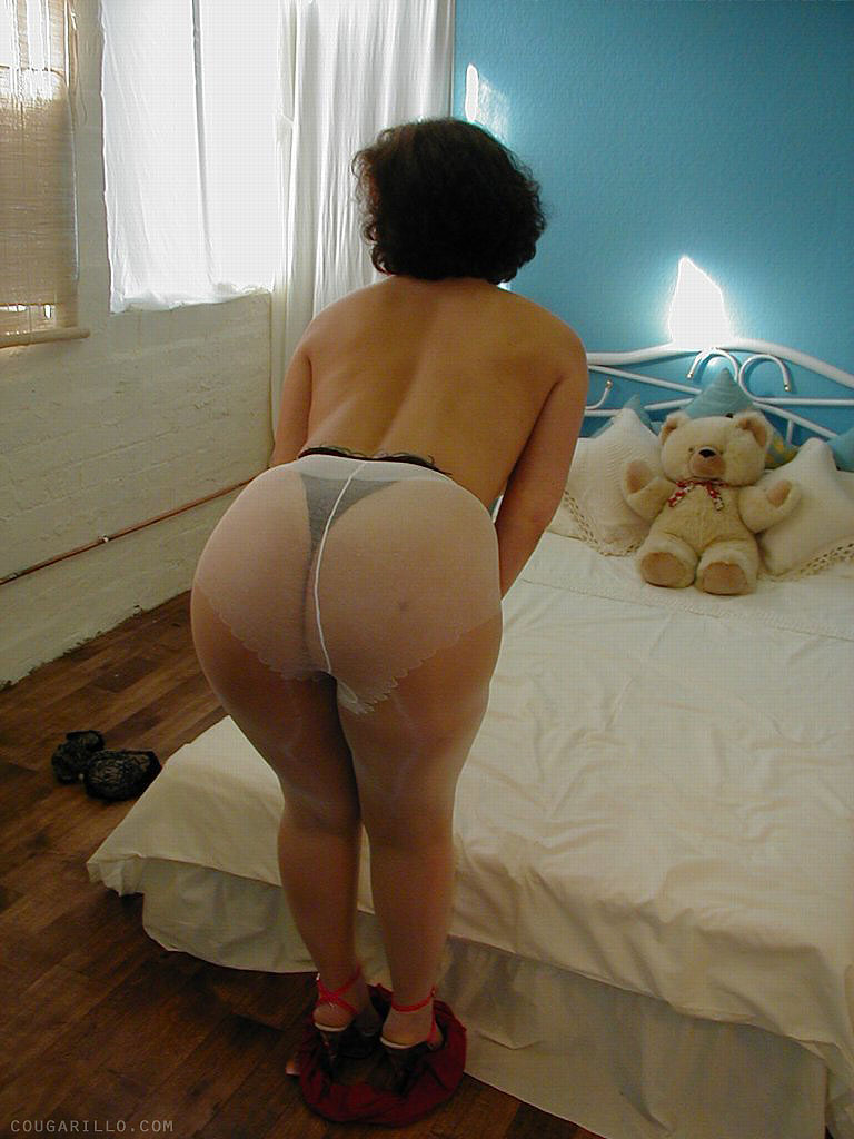 mature en collant lille escort
