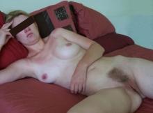 Toute nue - Femme libertine Bordeaux