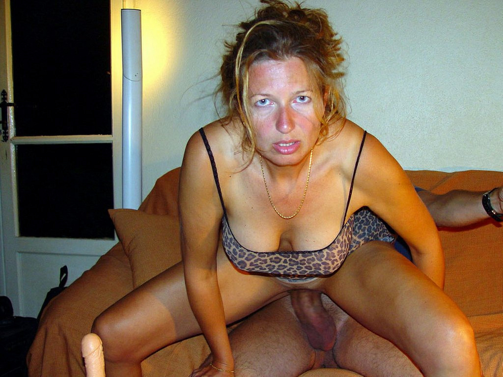 mom and older brother naked