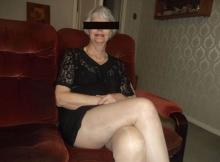 Sexy en jupe - Yvonne, Pas-De-Calais