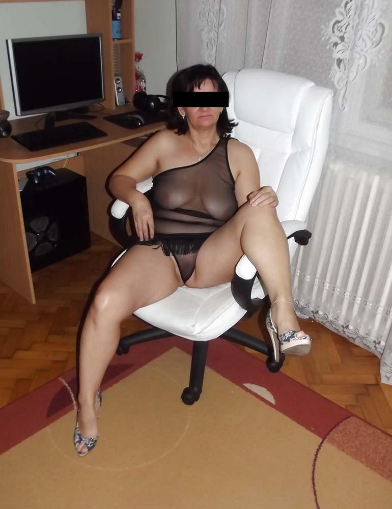 Femme seule 60 ans