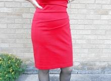 Femme mariée Bordeaux : en robe rouge