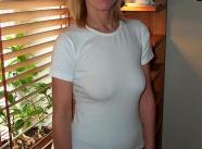 Petit haut blanc transparent - Belle femme