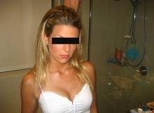 Jolie blonde - Femme coquine