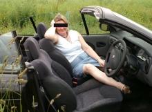 Dans la voiture  - Femme offerte