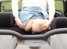 Exhib trou de balle - Femme offerte