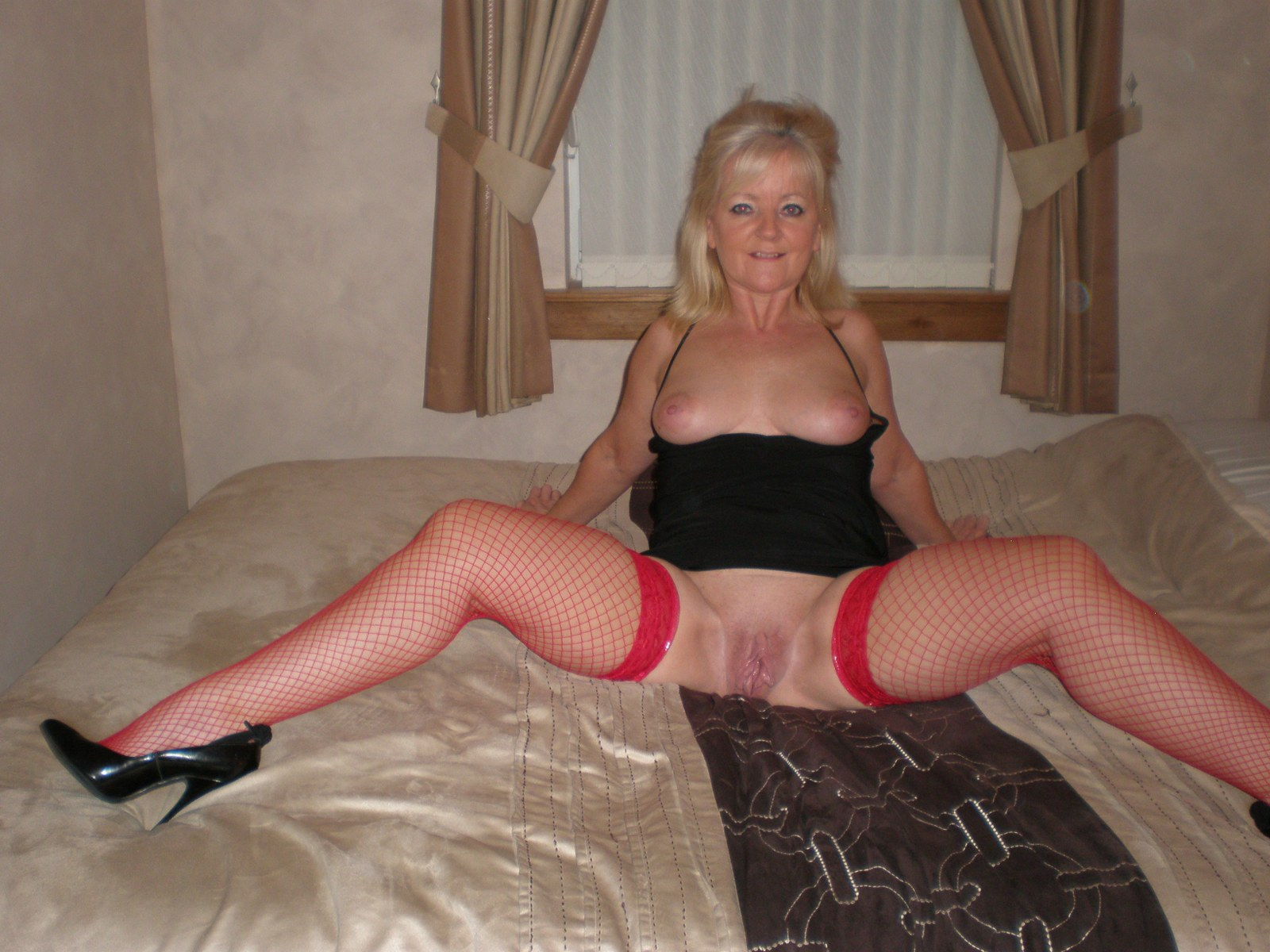 Francaise de plus de 50 ans Mature Moms TV