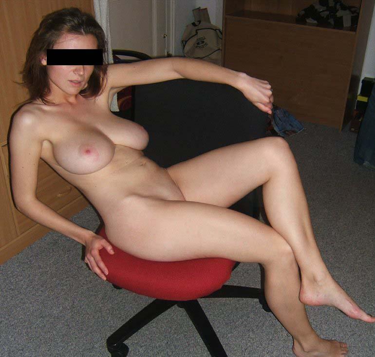 Femmes chaudes clignotant seins