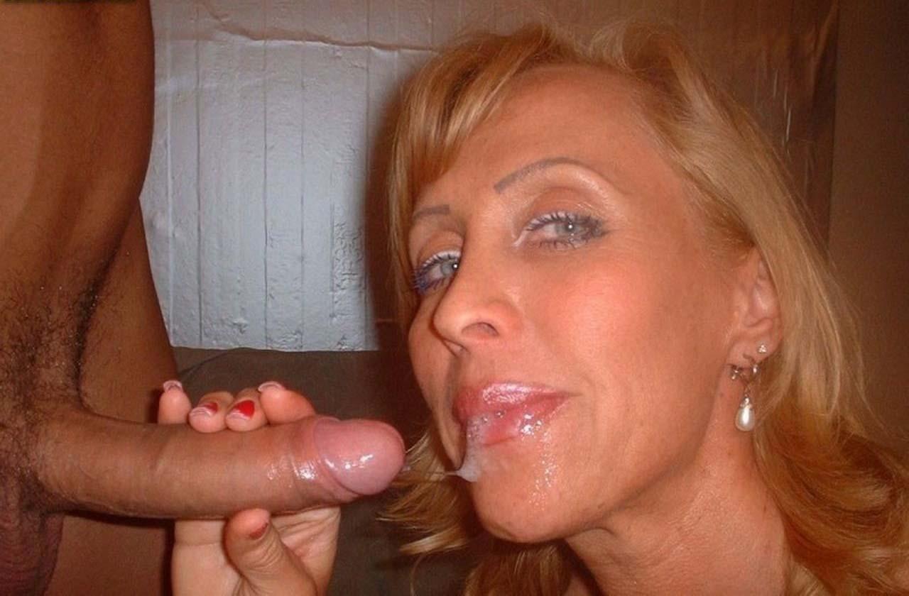 Сперма на лице у зрелых дам фото 5 фотография