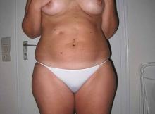Femme divorcée : toute nue