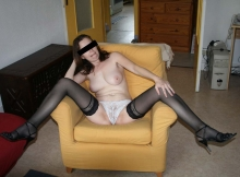 Jambes écartées - Femme sexe