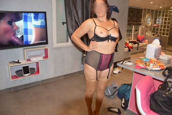 porno vieille escort girl manosque