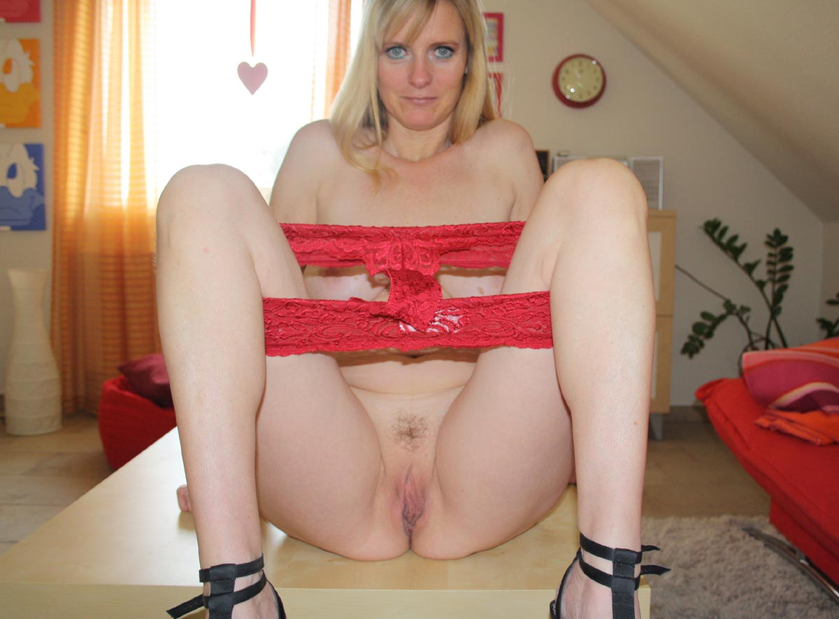 cougar anglaise jolie fille nue