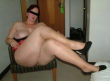 Jambes croisée en collants - Femme nue