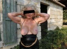 Femme très gros seins - Mature hard